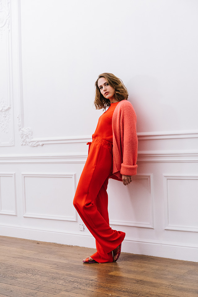 BLOUSE LOREN FUSE RED / CARDIGAN KILI RED / PANTS TAMARA FUSE RED